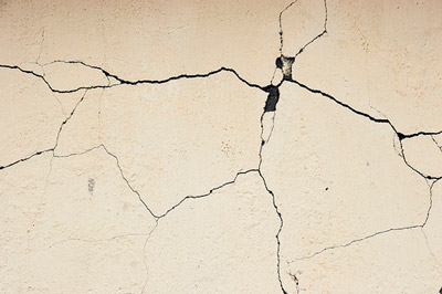 Cracks In Your Walls When Do You Need To Worry Underpinners Melbourne